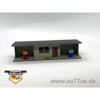 DDR- Kleintankstelle mit 2 Zapfsäulen