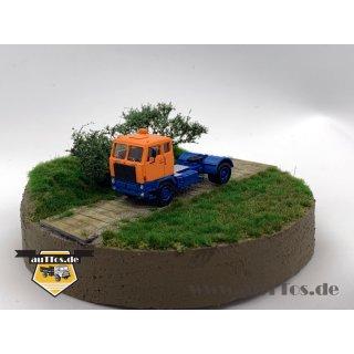 Volvo F88 Sattelzugmaschine 4x2 DEUTRANS orange/blau