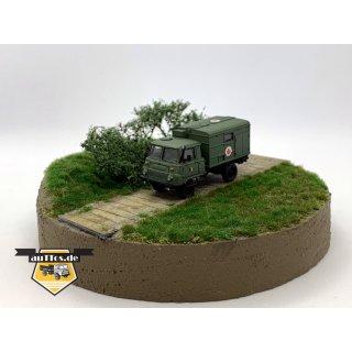 Robur LO 2002, Koffer Sanitätsfahrzeug miitärgrün - NVA